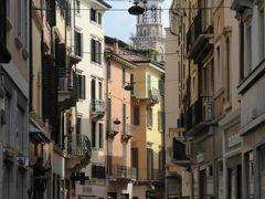 初夏の優雅な北イタリア旅行♪ Vol25(第3日目午前) ☆ベローナ(Verona):銀座のマッツィーニ通り(Via Mazini)を歩く♪