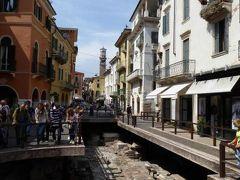 初夏の優雅な北イタリア旅行♪ Vol38(第3日目午後) ☆ベローナ(Verona):レオーニ通り(Via Leoni)の古代遺跡(Romana)を見学♪