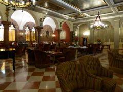 初夏の優雅な北イタリア旅行♪ Vol44(第4日目朝) ☆ベローナ(Verona):Due Torri Hotelの朝食♪ロビーやラウンジやレストランを探検♪