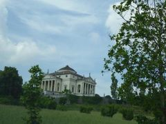 初夏の優雅な北イタリア旅行♪ Vol50(第4日目午前) ☆ヴィチェンツァ(Vicenza):ソアーヴェSoaveから専用車ベンツでヴィチェンツァVicenzaへGO!