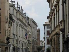 初夏の優雅な北イタリア旅行♪ Vol58(第4日目午後) ☆ヴィチェンツァ(Vicenza):パッラーディオ(Palladio)の作品が並ぶ旧市街を優雅に散策♪