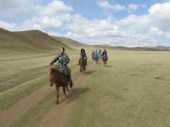 テレルジからチンギスハーン像 往復46キロ