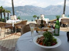 初夏の優雅な北イタリア旅行♪ Vol83(第6日目昼) ☆マルチェジーネ(Malcesine):ホテル「Castello Lake Front」の絶景レストランでランチ♪