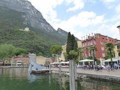 初夏の優雅な北イタリア旅行♪ Vol103(第7日目午後) ☆リーバ・デル・ガルダ(Riva del Garda):美しい旧市街の湖畔を歩く♪