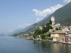 初夏の優雅な北イタリア旅行♪ Vol106(第7日目午後) ☆リモーネ・デル・ガルダ(Limone sul Garda)から高速船でマルチェジーネ(Malcesine)へ♪美しいスカラ城を船上から眺めて♪