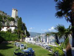初夏の優雅な北イタリア旅行♪ Vol113(第8日目朝) ☆マルチェジーネ(Malcesine):リゾートホテル「Castello Lake Front」で絶景を眺めながら朝食♪