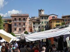 初夏の優雅な北イタリア旅行♪ Vol114(第8日目午前) ☆マルチェジーネ(Malcesine):土曜開催の市場を楽しくショッピング♪