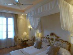 初夏の優雅な北イタリア旅行♪ Vol120(第8日目昼) ☆ガルドーネ・リビエラ(Gardone Riviera):「Grand Hotel Fasano」のジュニアスイートルームから素晴らしい絶景♪