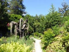 初夏の優雅な北イタリア旅行♪ Vol124(第8日目午後) ☆ガルドーネ・リビエラ(Gardone Riviera):憧れの庭園「Andre Heller」♪美しいバラとロックガーデン♪