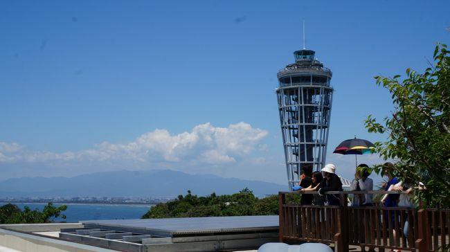 6月13日金曜日に、【異常気象】 東京、明日も雨 9日連続の降雨は四半世紀ぶりの珍事という記事を発見!! <br /><br />そして、翌14日土曜日は、朝から青空が広がっていました。<br /><br />じゃあ、江の島に美味しいものを食べに行こう。ってことで行ってきましたー♪