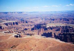 2001年 ユタ・コロラド・アリゾナ・ニューメキシコ州ドライブ(11 days) =Day 3&4= ~キャニオン・ランズ国立公園~