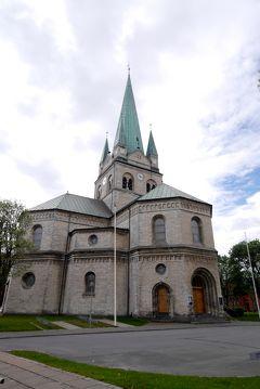2014.5コペンハーゲン出張旅行8-Frederikshavnの町,教会,デンマーク通り
