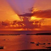 オフシーズンの久米島4日間の旅 1日目 シンリ浜で夕日を見る