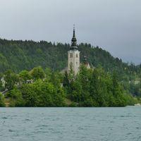 スロベニアとアドリア海の真珠 クロアチア 出発から3日目まで リュブリャナ ブレッド湖     ポストイナ鍾乳洞