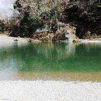 日本の旅 関東を歩く 埼玉県秩父郡長瀞町の長瀞渓谷(ながとろけいこく)の岩畳、秩父赤壁、長瀞渓谷ライン下り周辺