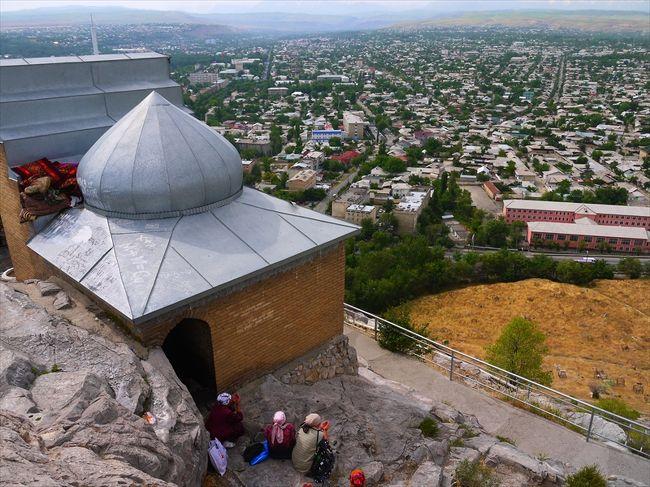 新疆キルギス・カザフ旅6▼スレイマン・トー見物とアラトー山脈越え