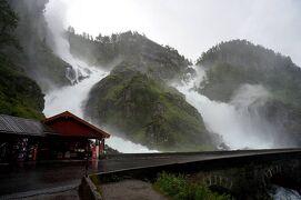団塊夫婦のノルウェー絶景ドライブ旅行(2)−ド迫力の滝・ハルダンゲルフィヨルドからソグネフィヨルドヘ