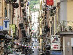 真夏の優雅な南イタリア旅行 Napoli×Puglia♪ Vol15(第2日目午後) ☆ナポリ(Napoli):トレド通り(Via Toledo)からサンタルチア(Santa Lucia)へショッピング♪