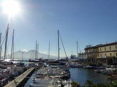 真夏の優雅な南イタリア旅行 Napoli×Puglia♪ Vol20(第3日目朝) ☆ナポリ(Napoli):朝の爽やかなサンタルチア(Santa Lucia)を優雅に散歩♪