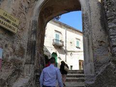 真夏の優雅な南イタリア旅行 Napoli×Puglia♪ Vol27(第3日目午後) ☆ヴィーコ・デル・ガルガーノ(Vico del Gargano):カステッロ Castello(ヴィーコ城)を鑑賞♪