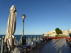 真夏の優雅な南イタリア旅行 Napoli×Puglia♪ Vol32(第3日目夕) ☆ビエステ(Vieste):旧港から岬の教会へ歩く♪