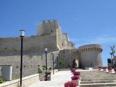 真夏の優雅な南イタリア旅行 Napoli×Puglia♪ Vol41(第4日目午前) ☆トレミティ諸島(Isole Tremiti):サン・ニコラ島(I.S.Nicola)のCastello(アンジュー城)へ上る♪
