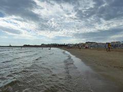 真夏の優雅な南イタリア旅行 Napoli×Puglia♪ Vol54(第5日目午前) ☆ビエステ(Vieste):北側のプライベートビーチでのんびりと過ごす♪