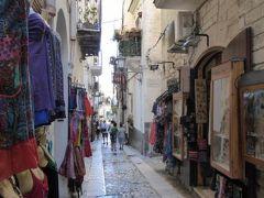 真夏の優雅な南イタリア旅行 Napoli×Puglia♪ Vol58(第5日目夕) ☆ビエステ(Vieste):黄昏の旧市街を優雅に歩く♪