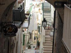 真夏の優雅な南イタリア旅行 Napoli×Puglia♪ Vol64(第6日目午前) ☆ビエステ(Vieste):出発までに旧市街の優雅な朝の散歩♪