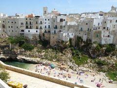 真夏の優雅な南イタリア旅行 Napoli×Puglia♪ Vol67(第6日目昼) ☆ポリニャーノ・ア・マーレ(Polignano a Mare):「Hotel Covo dei Saraceni」のスイートルームから素晴らしい絶景♪