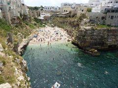 真夏の優雅な南イタリア旅行 Napoli×Puglia♪ Vol71(第6日目昼) ☆ポリニャーノ・ア・マーレ(Polignano a Mare):美しい旧市街と美しいビーチとホテルを眺めて♪