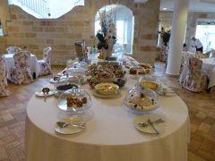 真夏の優雅な南イタリア旅行 Napoli×Puglia♪ Vol76(第7日目朝) ☆ポリニャーノ・ア・マーレ(Polignano a Mare):「Hotel Covo dei Saraceni」の優雅な朝食♪