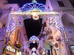 真夏の優雅な南イタリア旅行 Napoli×Puglia♪ Vol99(第7日目夜) ☆ポリニャーノ・ア・マーレ(Polignano a Mare):美しいルミナリエ♪聖母マリアの昇天祭♪