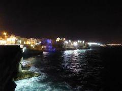 真夏の優雅な南イタリア旅行 Napoli×Puglia♪ Vol101(第7日目夜) ☆ポリニャーノ・ア・マーレ(Polignano a Mare):聖母マリアの昇天祭♪断崖から幻想的な夜景を眺めて♪