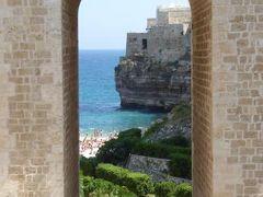 真夏の優雅な南イタリア旅行 Napoli×Puglia♪ Vol106(第8日目午前) ☆ポリニャーノ・ア・マーレ(Polignano a Mare):出発までにのんびりとビーチ散策とカフェを楽しむ♪