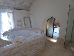真夏の優雅な南イタリア旅行 Napoli×Puglia♪ Vol115(第8日目午後) ☆オストゥーニ(Ostuni):「La Sommita Relais」の素晴らしいスイートルーム♪