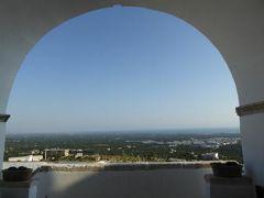 真夏の優雅な南イタリア旅行 Napoli×Puglia♪ Vol122(第9日目朝) ☆オストゥーニ(Ostuni):「La Sommita Relais」のホテル内を探検♪
