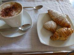 真夏の優雅な南イタリア旅行 Napoli×Puglia♪ Vol123(第9日目朝) ☆オストゥーニ(Ostuni):「La Sommita Relais」の朝食は美味しい♪