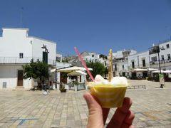 真夏の優雅な南イタリア旅行 Napoli×Puglia♪ Vol142(第9日目午後) ☆:アルベロベッロ(Alberobello):最も有名なジェラテリア「Arte Fredda」 絶品の生アーモンドジェラート♪