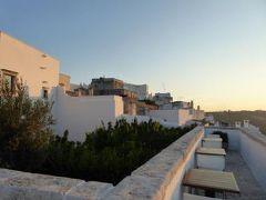 真夏の優雅な南イタリア旅行 Napoli×Puglia♪ Vol157(第9日目夕) ☆オストゥーニ(Ostuni):ホテル「La Sommita Relais」で美しい夕日を眺めて♪