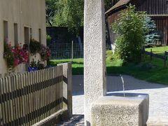 ≪伝説:カール大帝と鳩の泉(フォイヒトヴァンゲン・ベネディクト修道院教会の創建話)≫