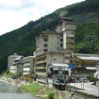 熊野古道温泉郷・川湯温泉『山水館・みどりや』に泊まる