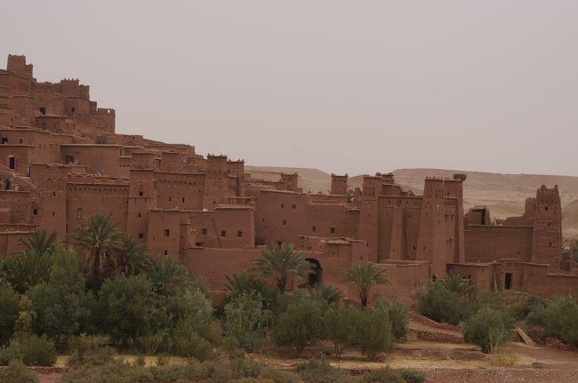 モロッコのマラケシュからカスバ街道、サハラ、ラバト、カサブランカを回って来ました。マラケシュからアトラスを越えて、アイトベンハッドゥからワルザザードまで編です。