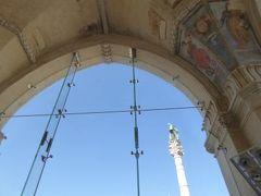 真夏の優雅な南イタリア旅行 Napoli×Puglia♪ Vol205(第11日目午後) ☆レッチェ(Lecce):Piazza S.Oronzoにあるもう一本のColonna Romane♪ライオン像のCappella di San Marco♪世界で一番美しいインフォメーション♪