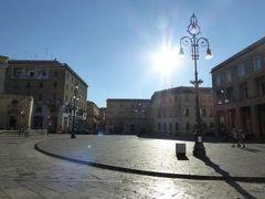 真夏の優雅な南イタリア旅行 Napoli×Puglia♪ Vol227(第12日目夕) ☆レッチェ(Lecce):黄昏のレッチェを歩く♪哀愁のAnfiteatro Romanoを眺めて♪