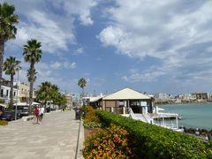 真夏の優雅な南イタリア旅行 Napoli×Puglia♪ Vol264(第14日目午前) ☆オートラント(Otranto):ビーチへゆったりと歩く♪