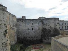真夏の優雅な南イタリア旅行 Napoli×Puglia♪ Vol270(第14日目夕) ☆オートラント(Otranto):黄昏のアラゴン城(Castello Aragonese)を眺めて♪