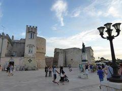 真夏の優雅な南イタリア旅行 Napoli×Puglia♪ Vol274(第14日目夕) ☆オートラント(Otranto):旧市街から黄昏の海を眺めて歩く♪