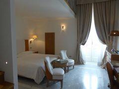 真夏の優雅な南イタリア旅行 Napoli×Puglia♪ Vol290(第15日目午後) ☆ガリポリ(Gallipoli):最高級ホテル「Palazzo del Corso」の豪華なジュニアスイートルーム♪