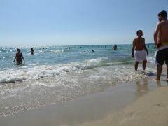 真夏の優雅な南イタリア旅行 Napoli×Puglia♪ Vol310(第16日目午後) ☆ガリポリ(Gallipoli):午後もゆったりとガリポリの美しい「SAMSARA」ビーチで優雅に過ごす♪